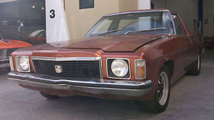 1974 Brown Holden Sandman HJ Ute